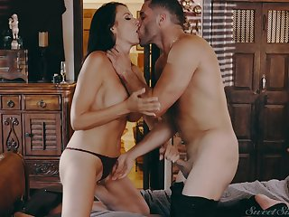 Tryst with Reagan Foxx turns into a hardcore pounding operate